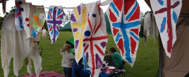 Rounders and The Diamond Jubilee Big Lunch - photos