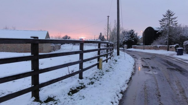 Snow in Great Gidding January 2013 - Chapel End