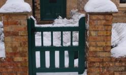 Laurel Farm House front gate
