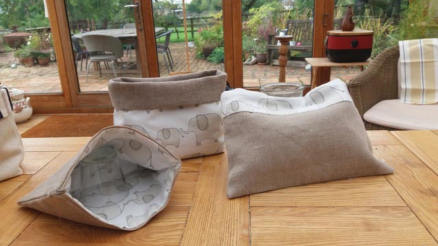 Linen bags and holders - Gidding Christmas Cornucopia