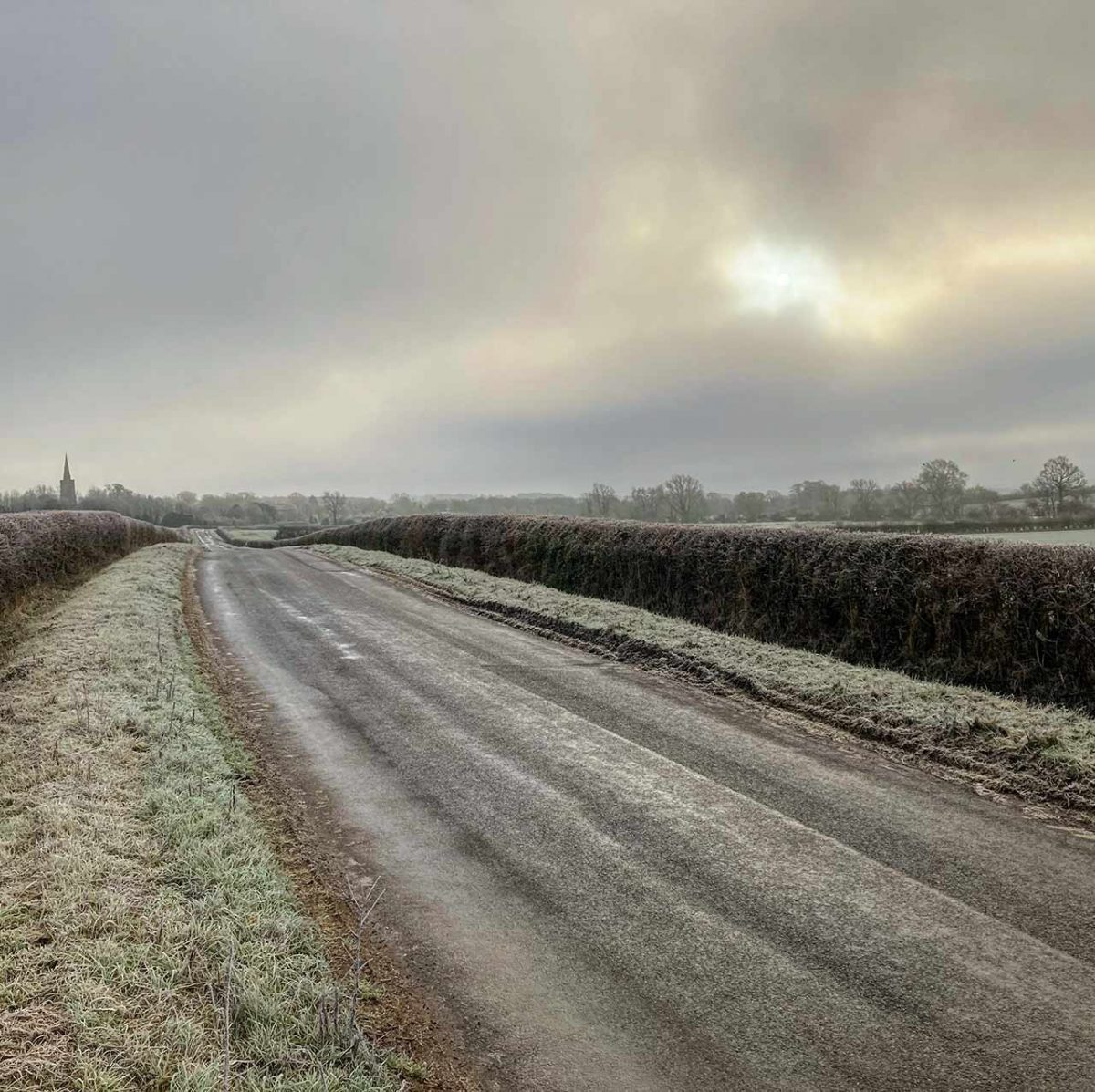 Luddington Road towards Great Gidding Jan 21